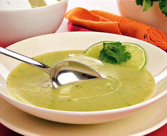 Sopa de Coentro com toque de Limão